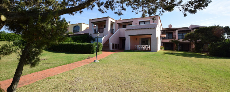 Two bedroom flat with garden in Porto Cervo